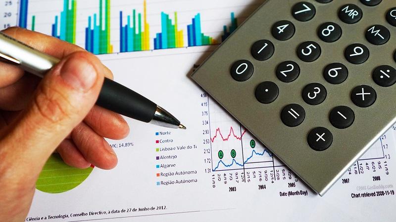 Como investir o 13° salário: 5 opções rentáveis para aplicar seu dinheiro