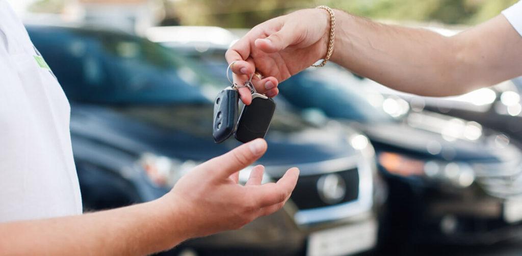 Para motoristas de aplicativos de transporte, alugar carro nem sempre compensa