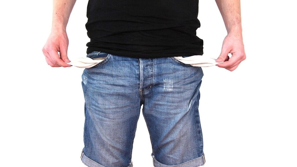 Conheça os 3 tipos de vícios que podem comprometer suas finanças